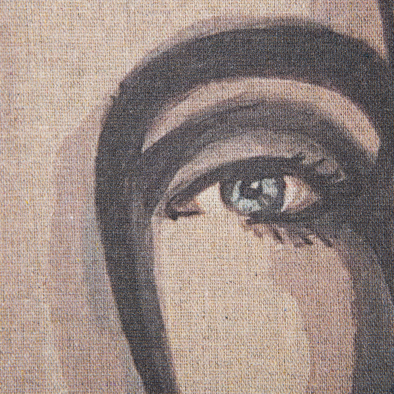 HKliving-collectie Wandkleed vrouw portrait by Sella Molenaar