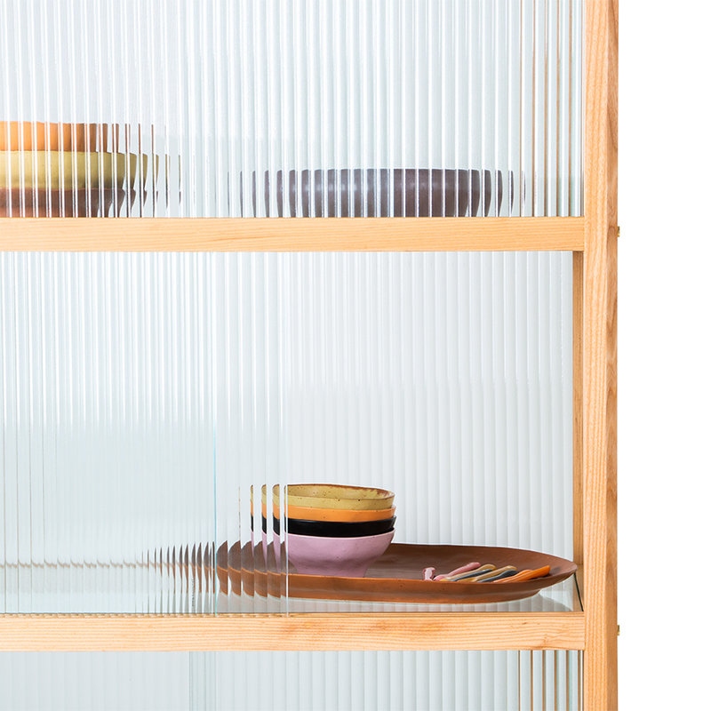 HKliving-collectie display cabinet wood with ribbed glass, natural