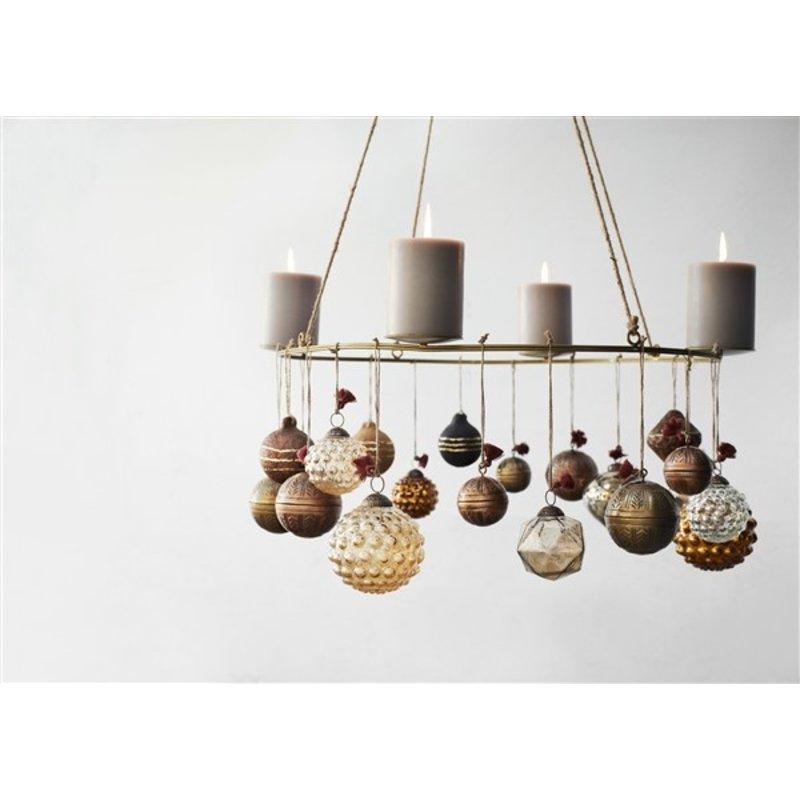 Madam Stoltz-collectie Glazen kerstbal met dots oranje - 10 cm