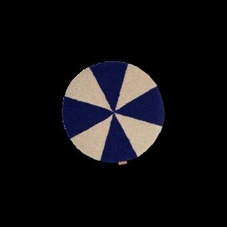 ferm LIVING Rond kussen Arch helder blauw - Off-White