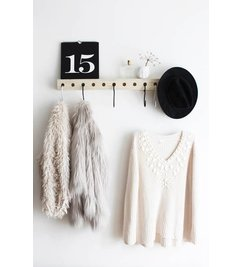 E|L by DEENS.NL-collectie Coat rack with KEES black and white crochet