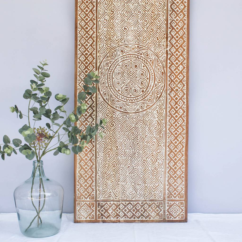 simply pure Hand carved wall panel TIMOR, long version ( 150x60cm), colour: natural white