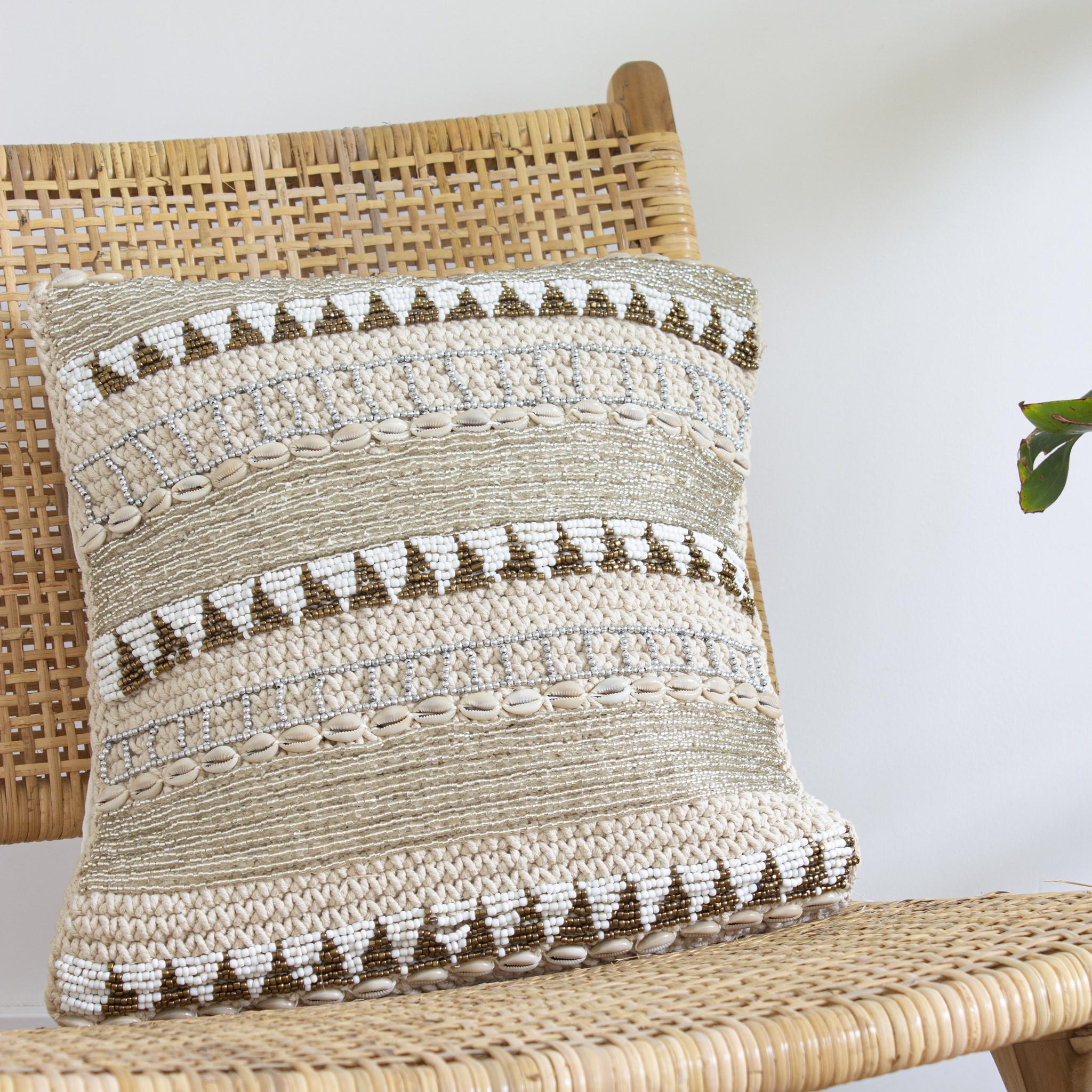 simply pure Handgemaakte kussens met kralen ( Set van 2)  Kleur: Beige