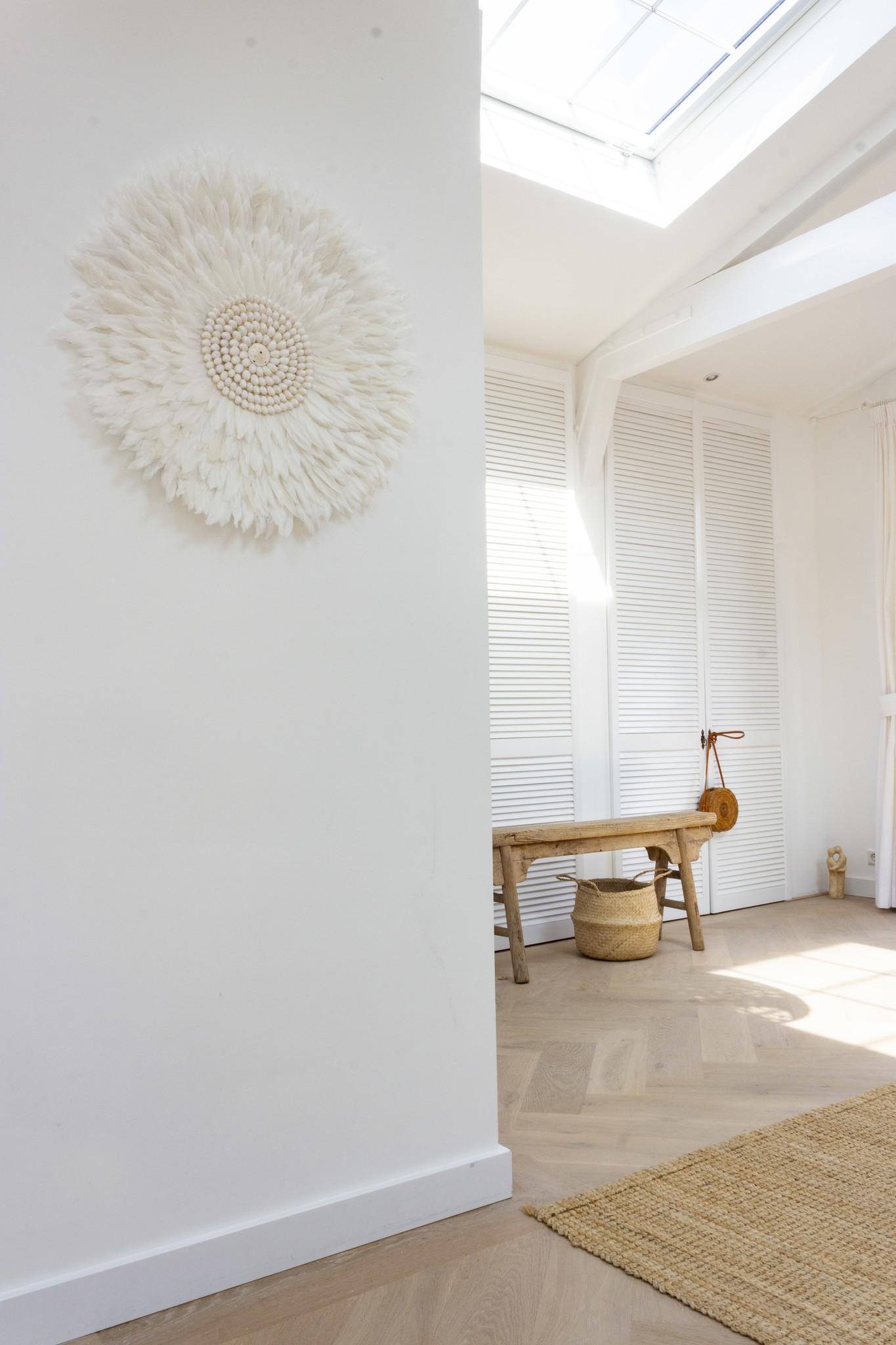 Juju wall decoration  white