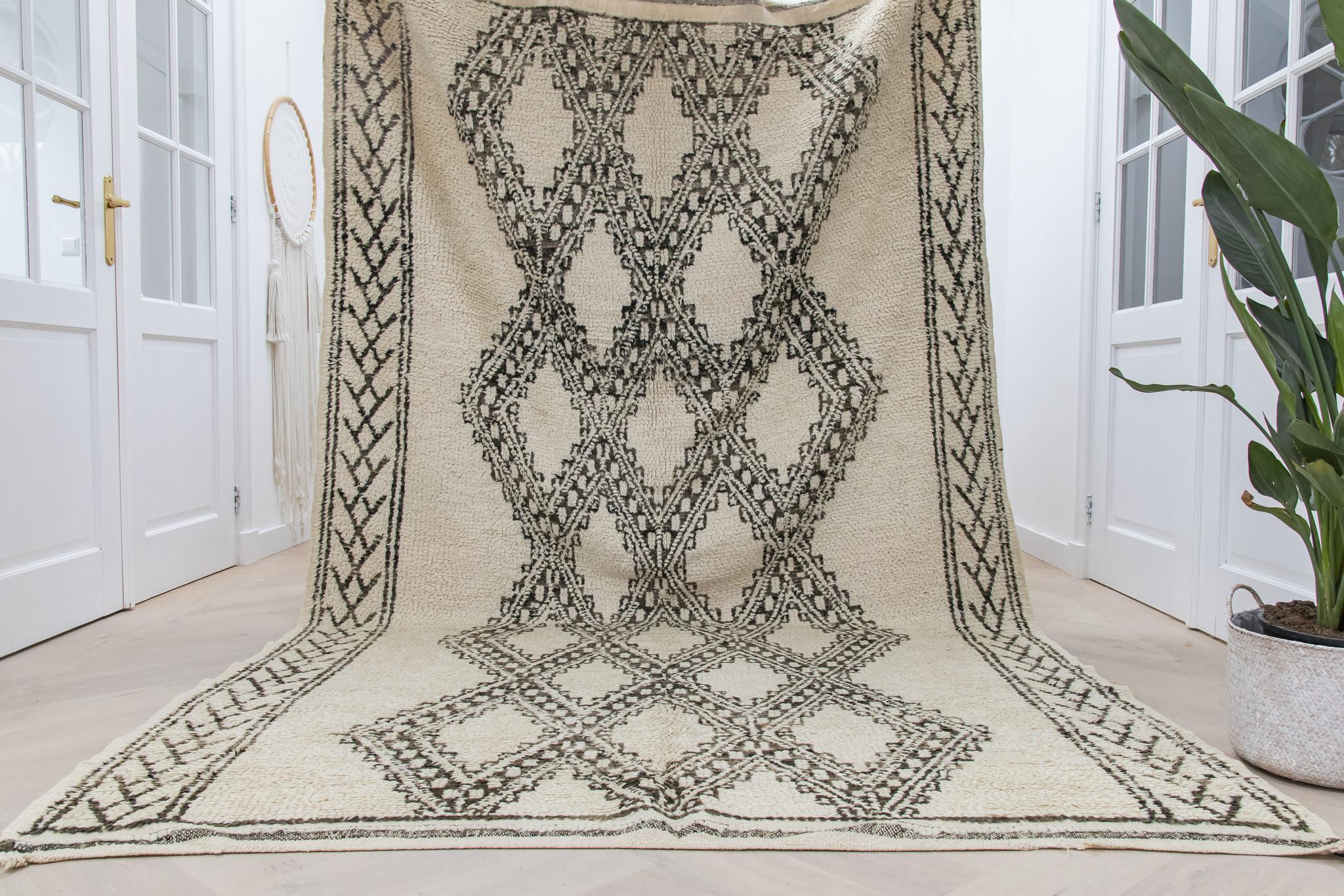 Simply Pure Handgemaakt vintage Marmoucha vloerkleed uit Marokko 182 x 317 cm