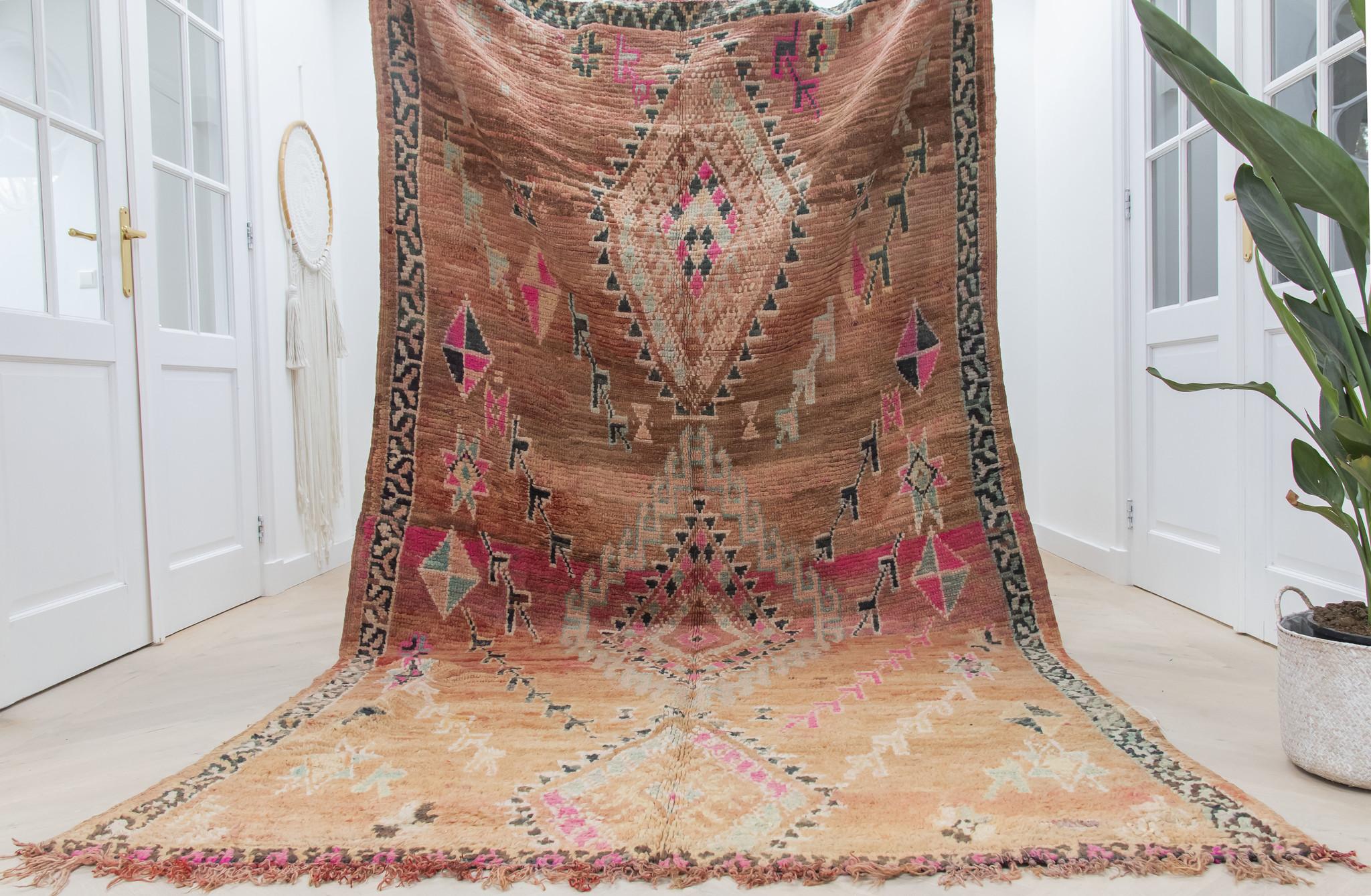 Simply Pure Handgefertigter Vintage Boujaad Berber-Teppich aus Marokko 173 x 320 cm