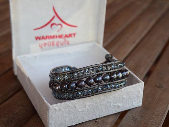Cuff bracelet ELEGANZA with natural pearl