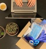COVID-19 preventie middelen voor op kantoor
