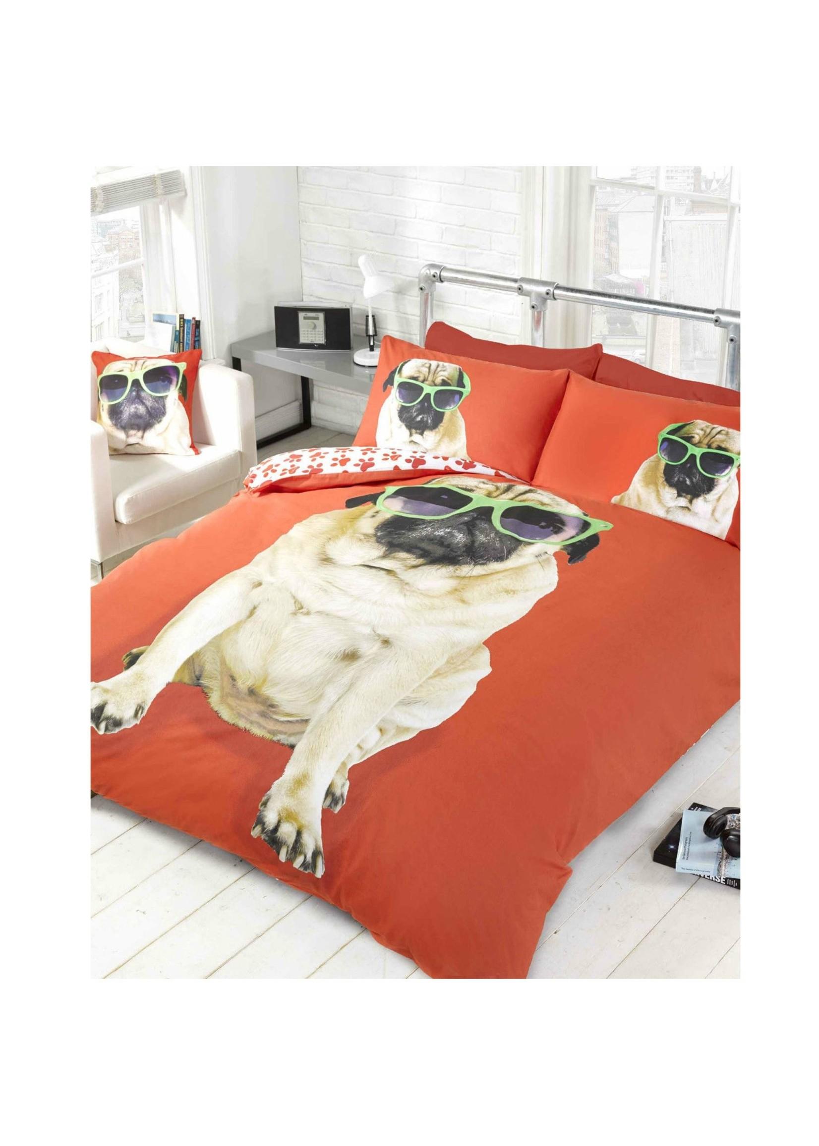 Doghouse Designs Mopshond Rood Dekbedovertrek Tweepersoon