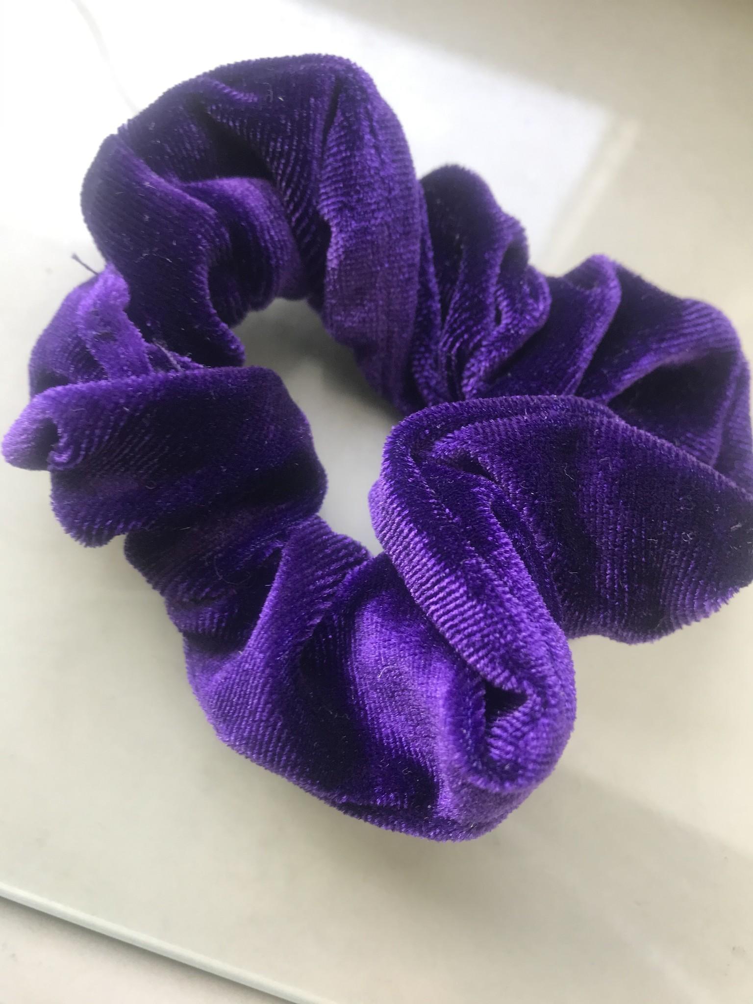 dark purple scrunchie