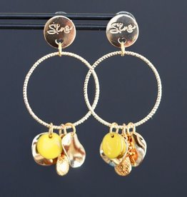Gouden steker met ring en gele bedels 5cm