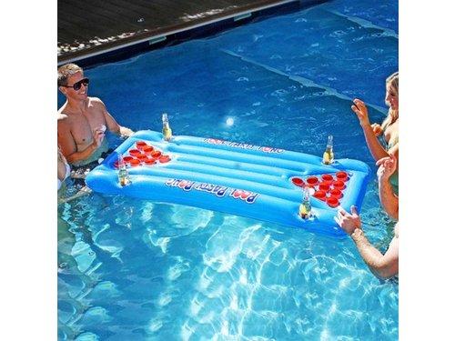 Надувной матрас для Beer Pong в воде
