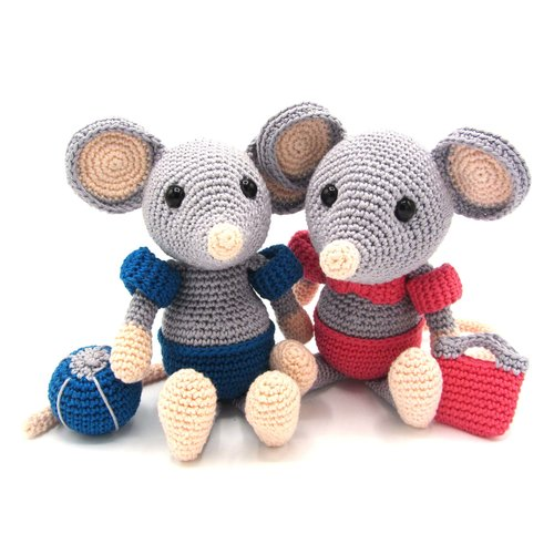 Hardicraft Crochet Kit Mouse Daisy
