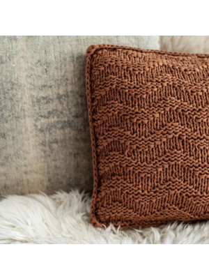 Hoooked Hoooked -RibbonXL Knit Kit Cushion Caramel Brown