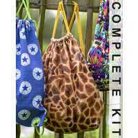 Sewing kit D2012 Backpack Giraffe + free magazine