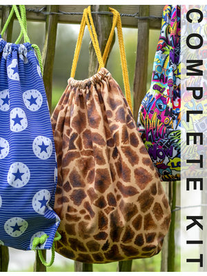 Miss Doodle Sewing kit D2012 Backpack Giraffe + free magazine
