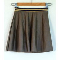"Sewing kit P1072 Skirt ""Green Napa"" + free magazine"