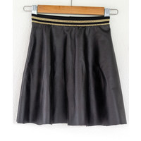 "Sewing kit P1072 Skirt ""Black Napa"" + free magazine"