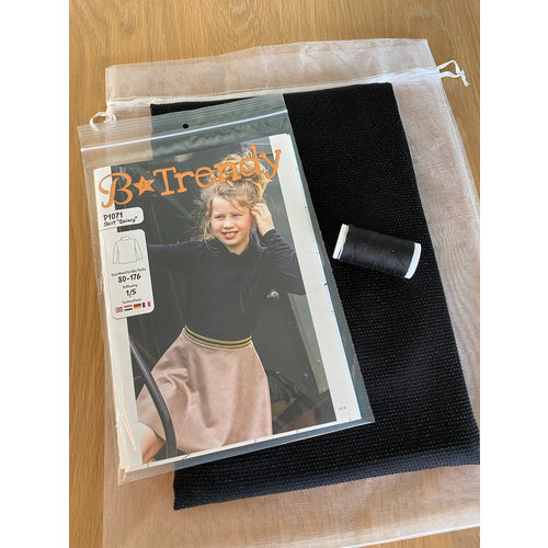 "Miss Doodle Kit 80-176 Sewing kit P1071 Top ""Black Nops"" + free magazine"