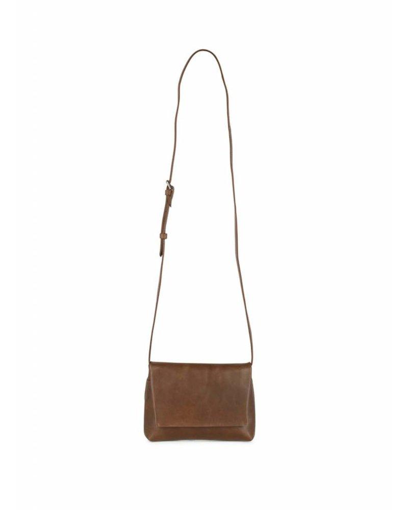 markberg carla crossbody shoulder bag chestnut brown