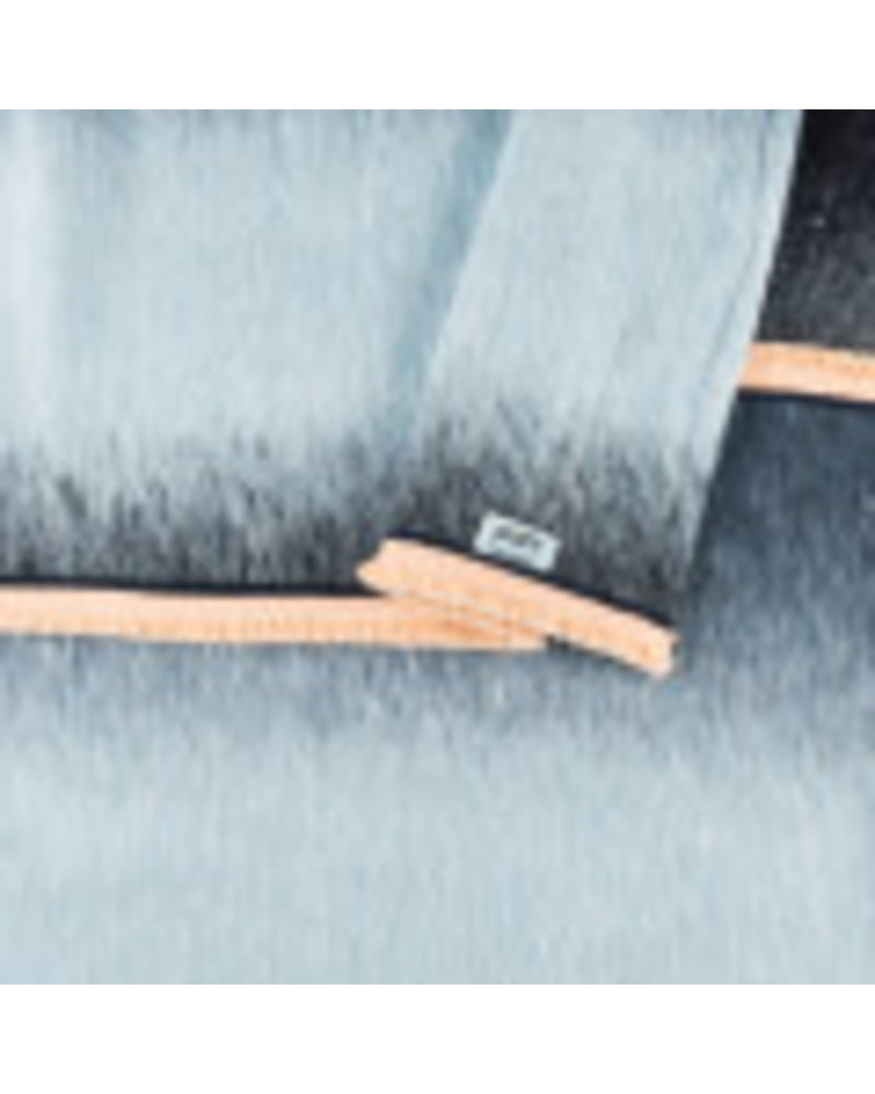 pom amsterdam gradient dream blue shawl