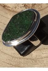 uvaroviet groen granaat kristallen ring zilver