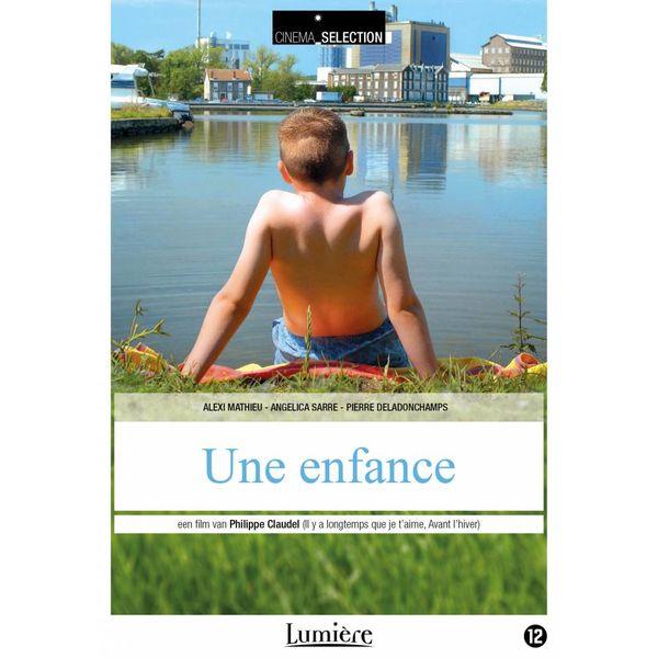 UNE ENFANCE   DVD