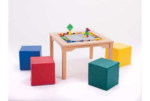 Table LEGO DUPLO avec sièges en mousse