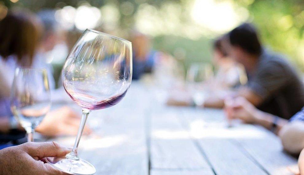 De beste wijnen voor jouw communie- of lentefeest