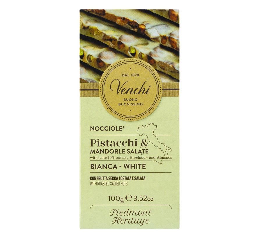 Weiße Schokolade mit gerösteten und gesalzenen Nüssen