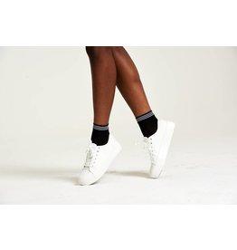 Pretty Polly Diamond Mesh socks