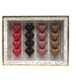 16 ambachtelijke Valentijnbonbons in luxe verpakking