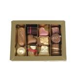 Kleine doos met diverse ambachtelijke bonbons