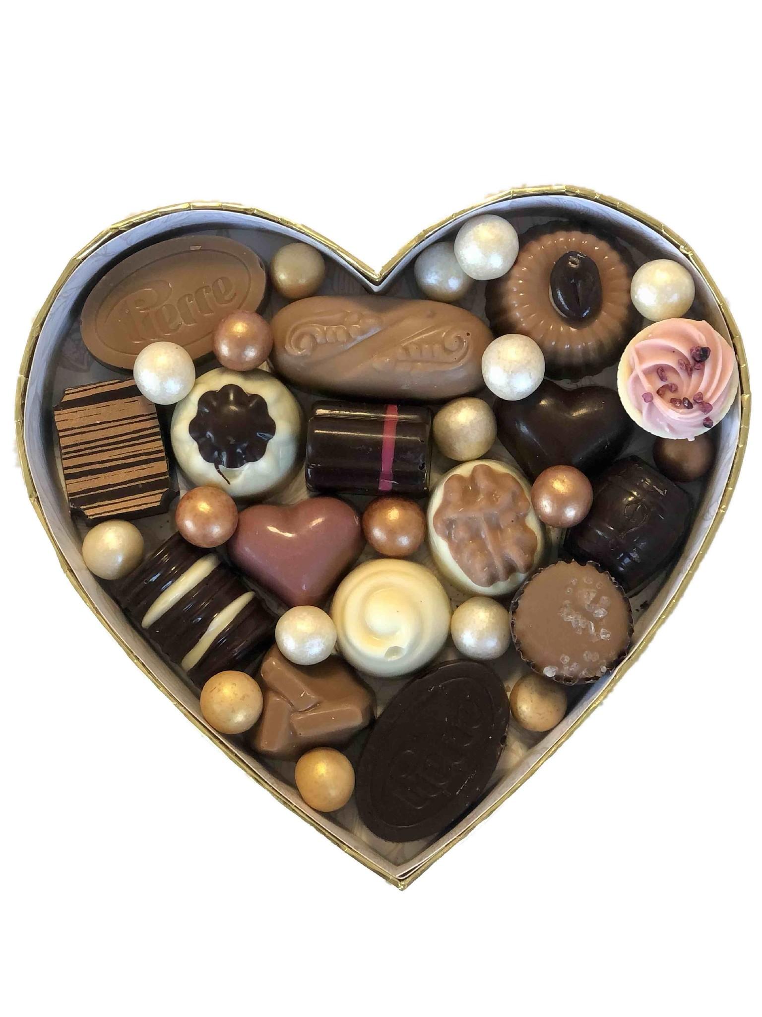 Luxe hartvormige box met ambachtelijke bonbons