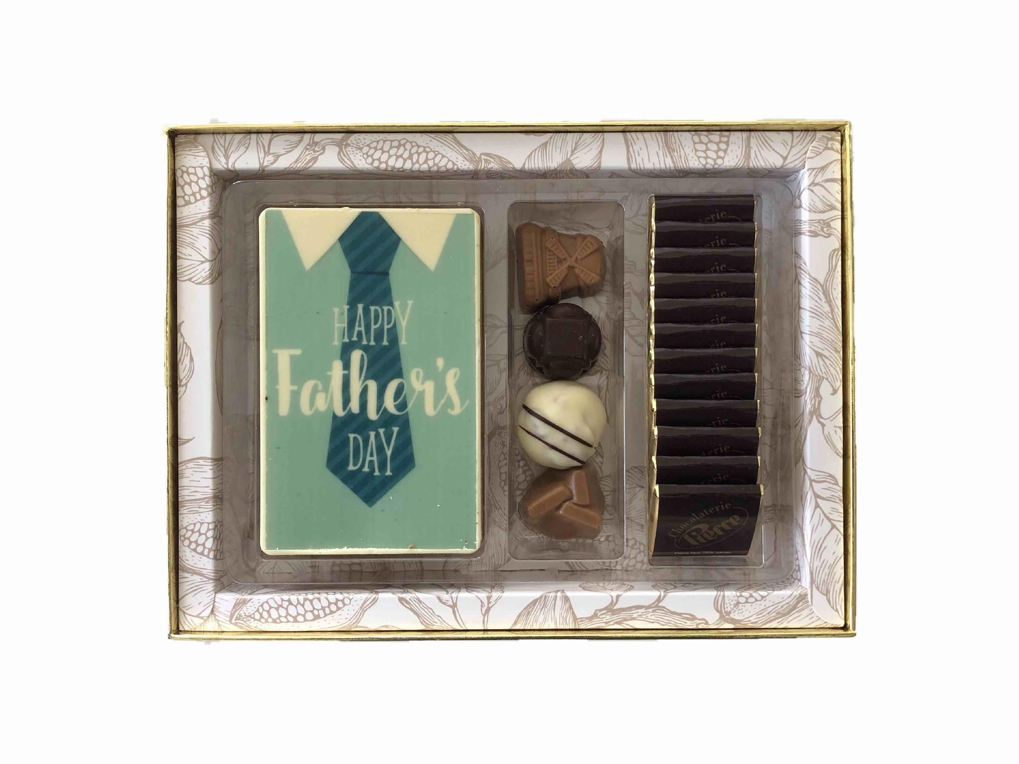 Luxe box Royal met bonbons, chocolade en napolitains voor Vaderdag