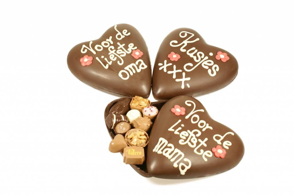Groot moederdaghart met bonbons