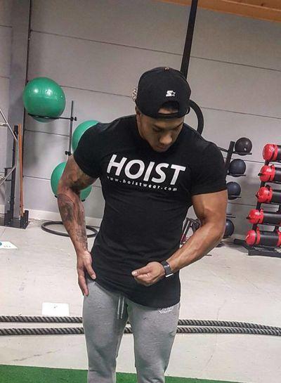Hoistwear Team Hoist Curved Black Tshirt size S