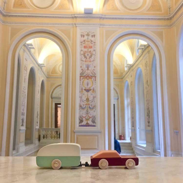 masterly 2019 milan floris hovers caravan ikonic