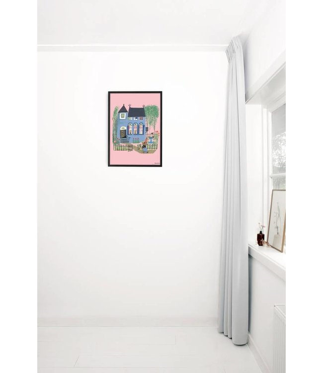 Poster 'Bear in front of the blue house', 42 x 60 cm