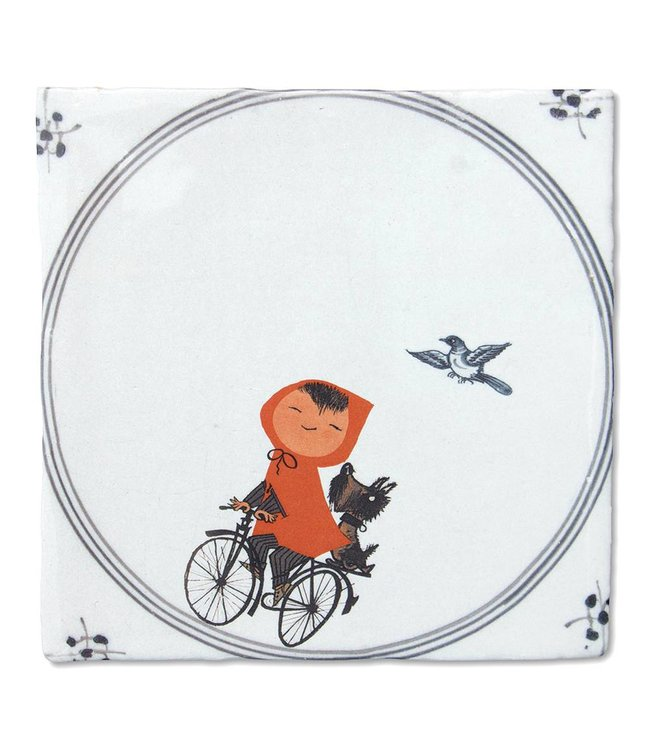 Fiep Westendorp Tile 'A day of fun'