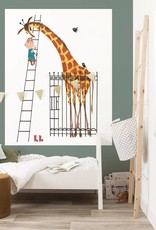 Kek Amsterdam Behangpaneel 'Reuze Giraffe', 142.5 x 180 cm