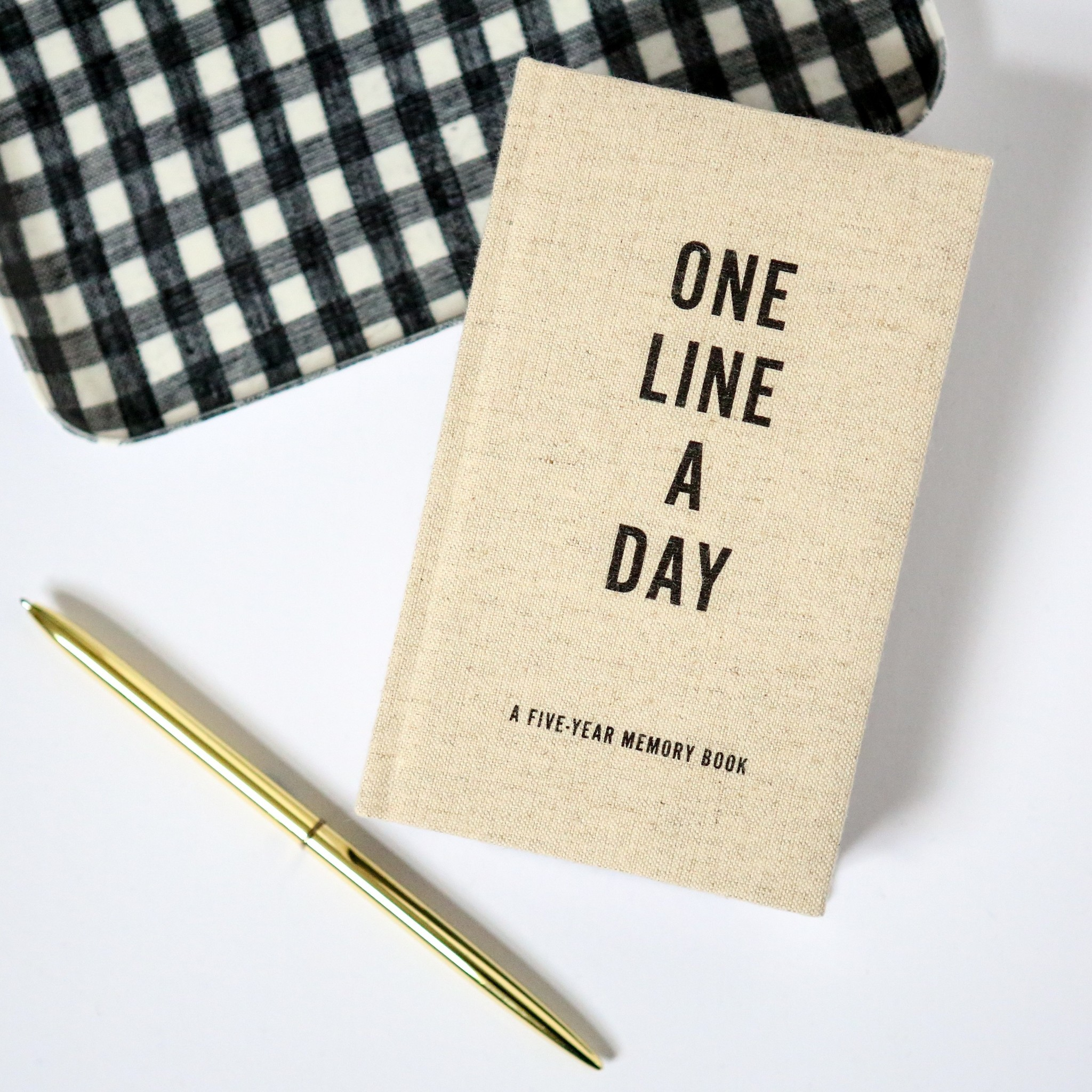 Notebook One Line a Day - Canvas