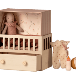 Maileg Baby room with Bunny