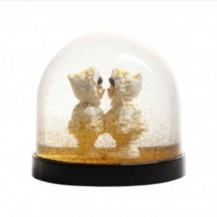 &K Snow Globe - Eskimos