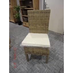 Grey wash rotan stoel