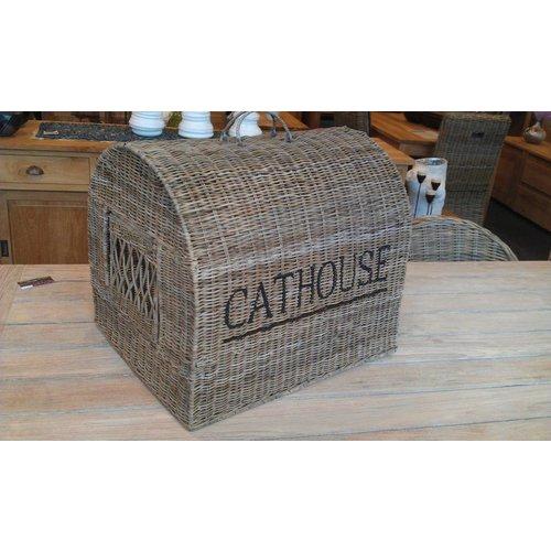 Overzetkooi Cat House