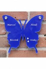 Vlinder als naambord (met gekleurde achterplaat)