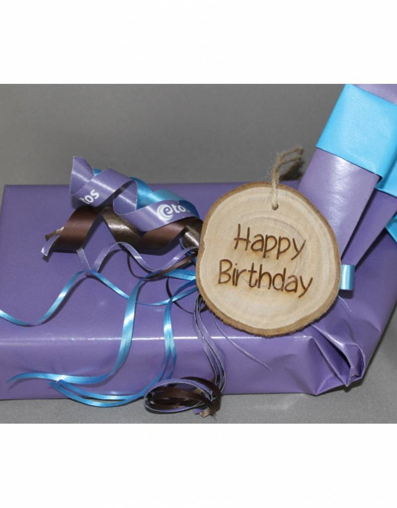 "Houten cadeau-label - ""Happy birthday"""