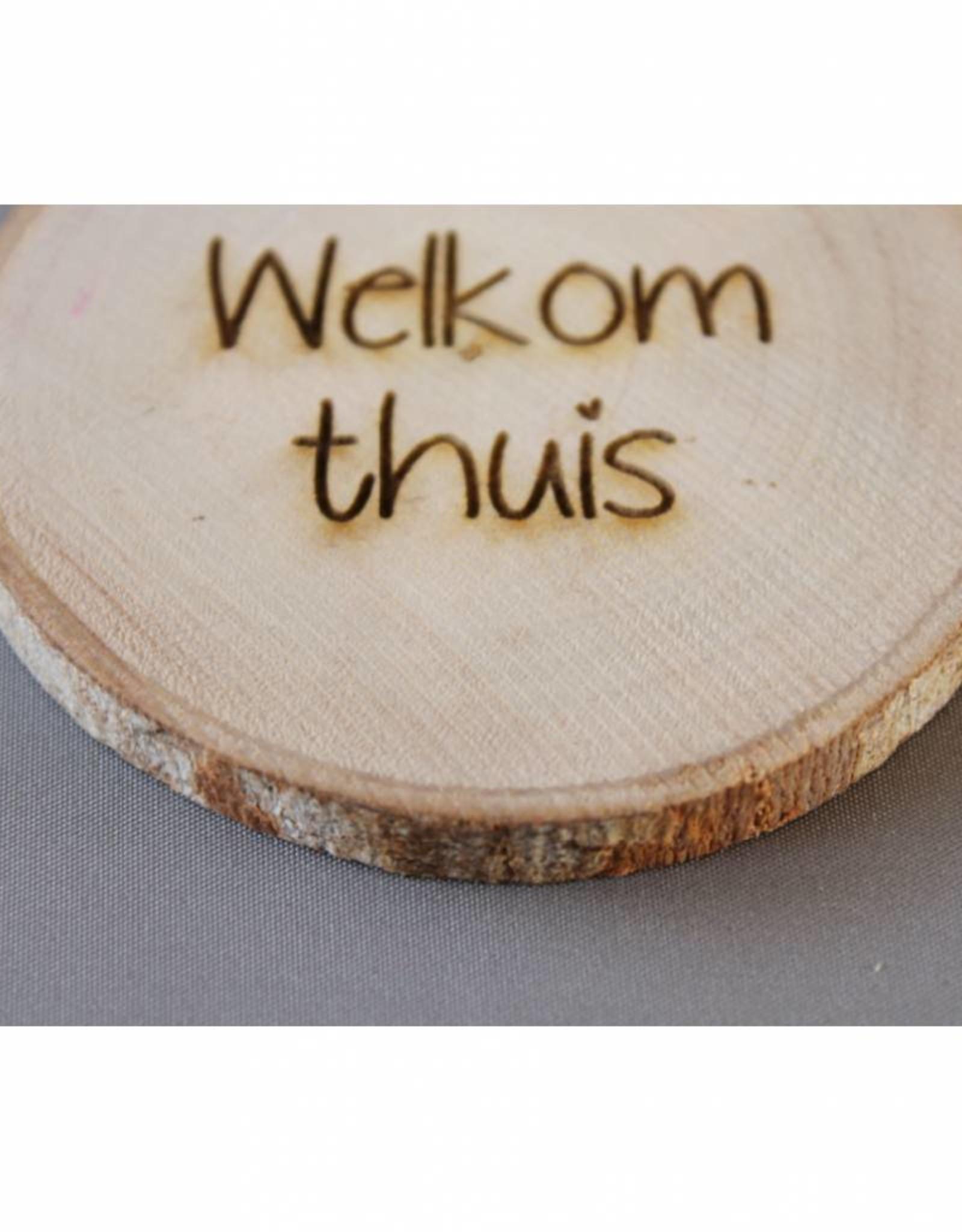"Houten cadeau-label - ""Welkom thuis"""
