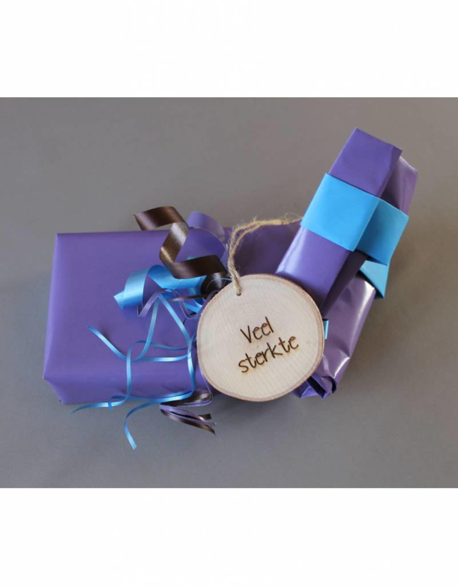 """Houten cadeau-label - """"Veel sterkte"""""""